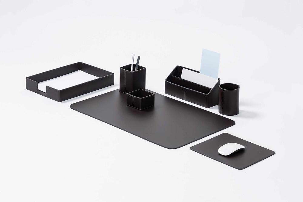 Desk sets by RUDI