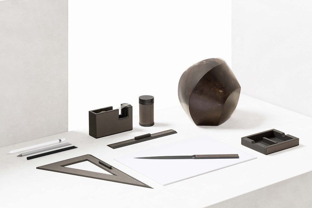 Curzio desk set from GioBagnara in Bronze with leather detail