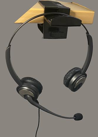 headset w_ eazi clip.png