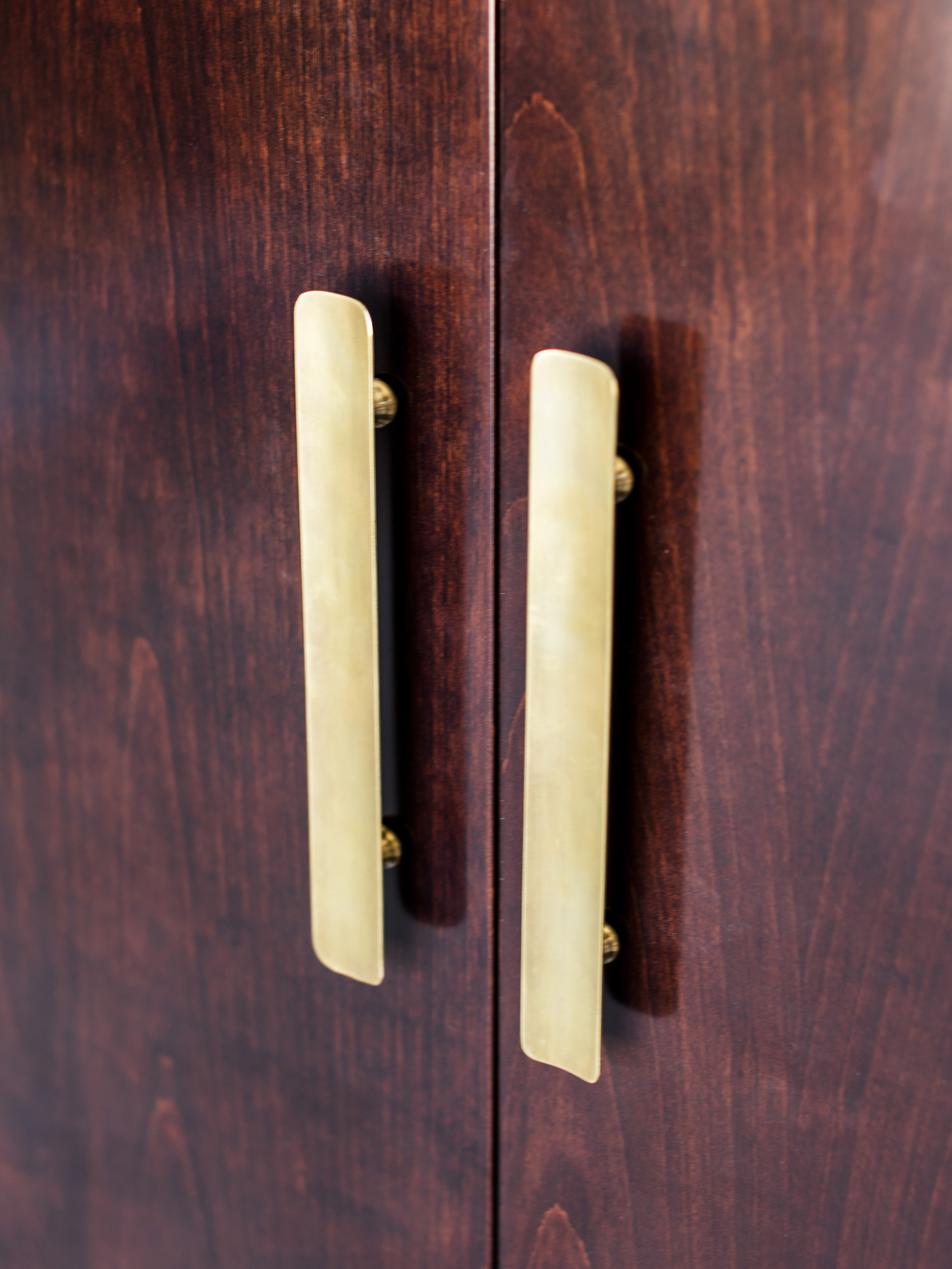 uffizi bar handles detail