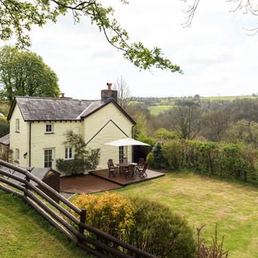 Penrhiw Cottage Garden View