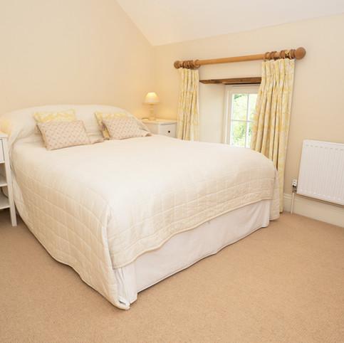 Penrhiw Yellow Bedroom