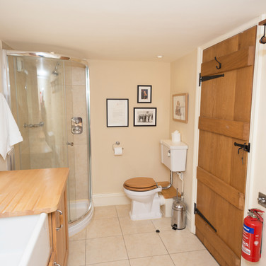 Penrhiw Cottage Laundry and Shower Room Facilities