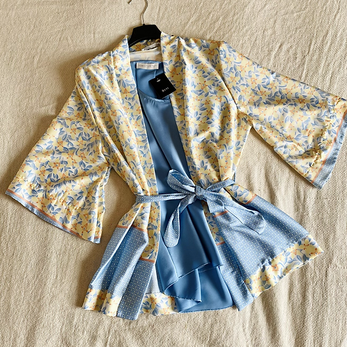 Kimono Miko