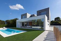 modern-house-in-la-canada.jpg