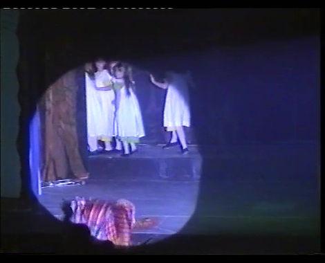 2003 little miss muffet_Moment5.jpg
