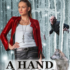 Book Review | A Hand of Magic: #3 - Vampires by @DianeMoatAuthor #fantasyromance #paranormal #bookre