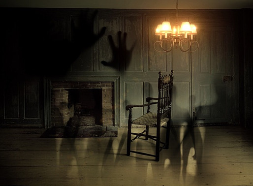 Friday Book Round Up | 7 must-read spooky books before All Hallow's Eve #fridayreads #halloween