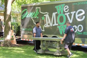 Janek Moving