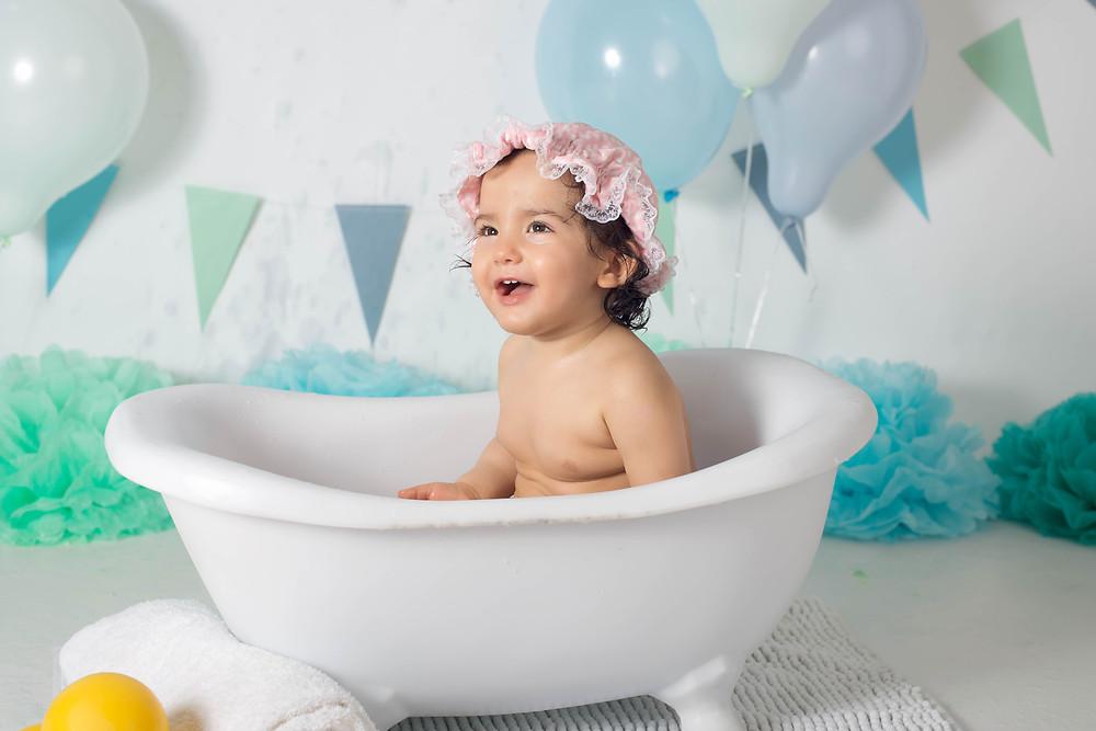 baby girl bubble bath