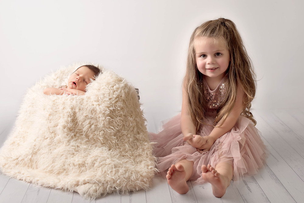 Sibling newborn shoot Sydney