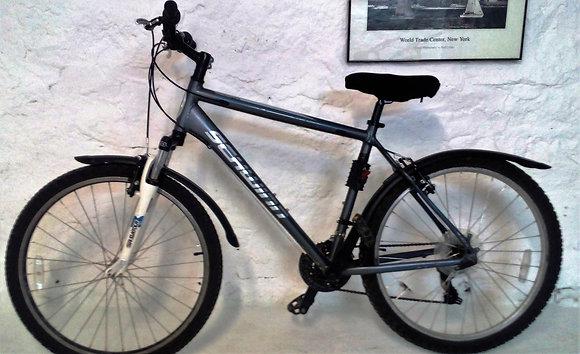 Горный велосипед (легкая алюминиевая рама)