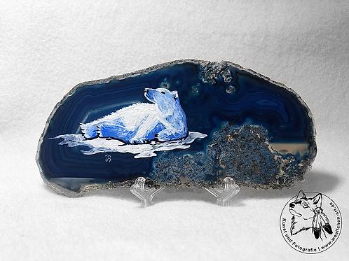 Eisbär auf blauer Achatscheibe