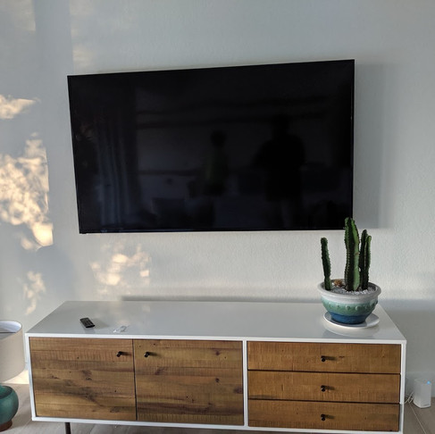Professionally installed TV mounting💪🏽