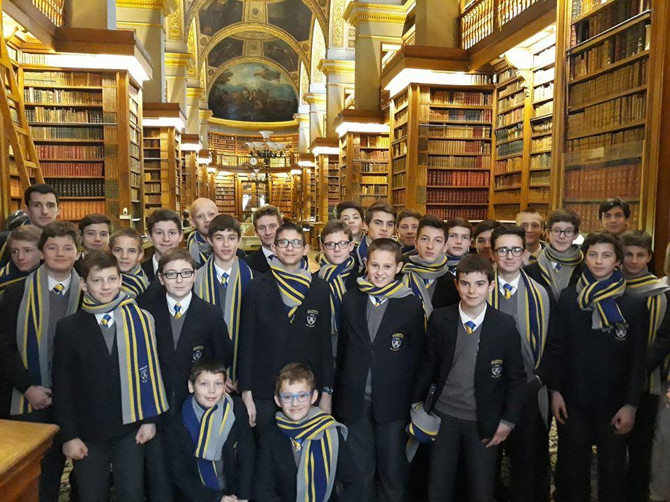 Bibliothèque à l'Assemblée Nationale