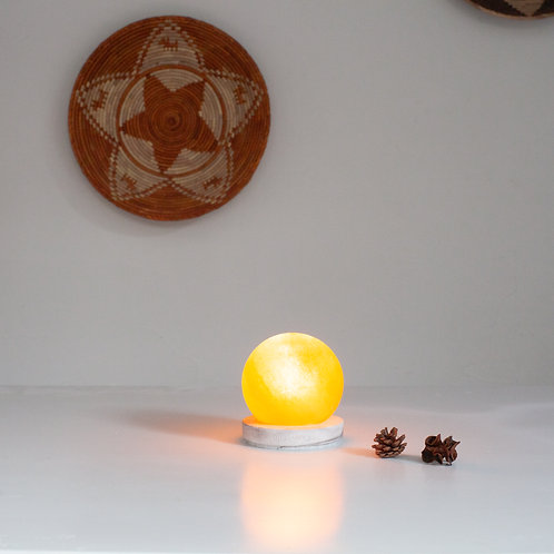 10cm Sphere with Round Concrete Base with Marble Finish