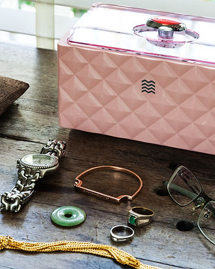 D3000 pink with accessories.jpg