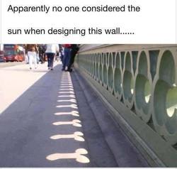 Poor+design_7b5692_4764275