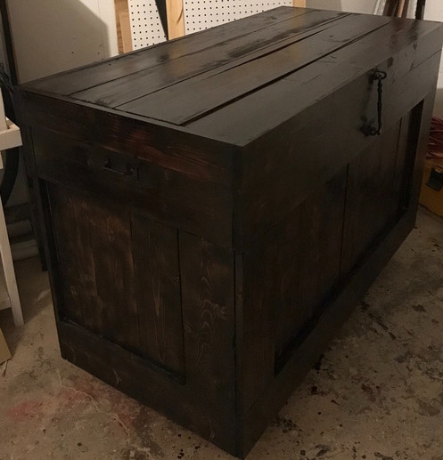 LARGE RUSTIC STORAGE BOX