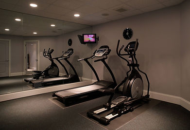 FITNESS EQUIPMENT FOR HOME USE