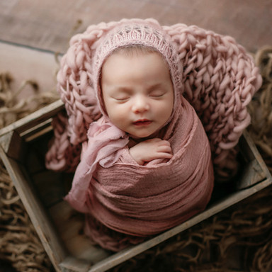 anchorage alaska newborn photography