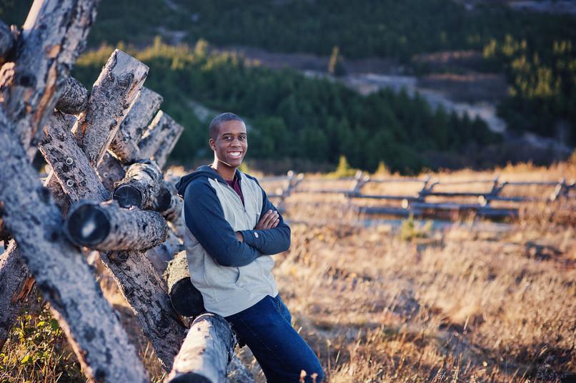 anchorage senior portrait photographer