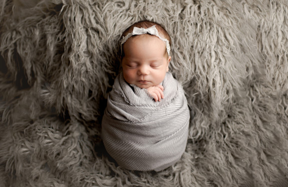 best newborn photographer anchorage