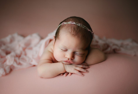 anchorage newborn photography