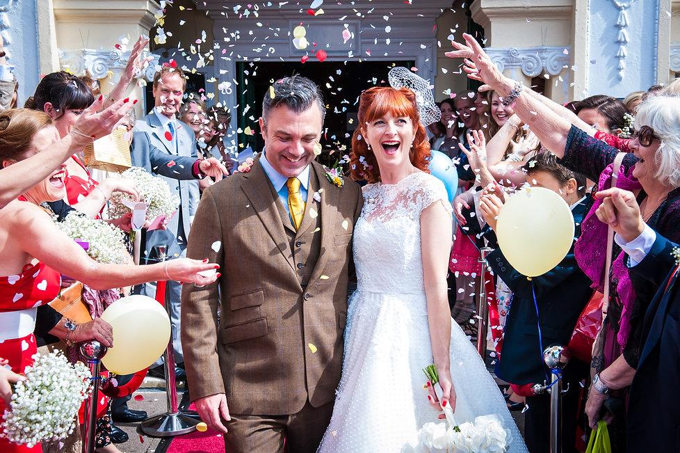 wedding photography confetti
