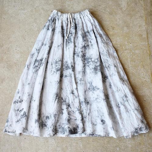 Season off:籠染めフレンチリネンスカート