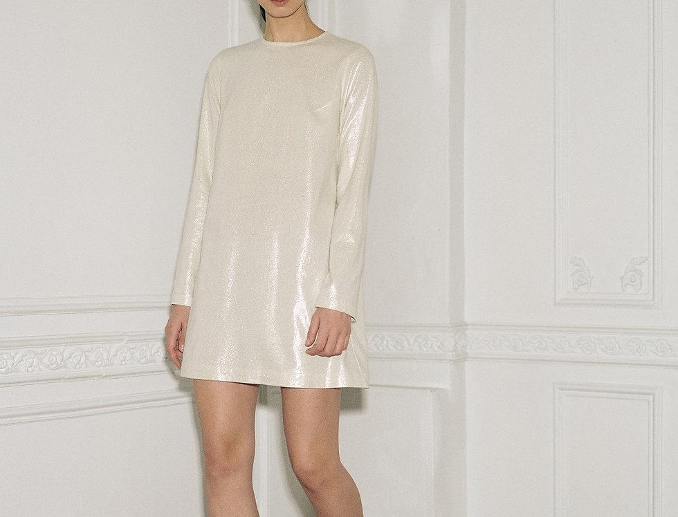 Серебряное шёлковое платье