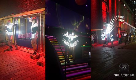Danseressen met LED costumes boeken