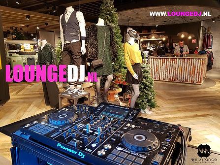 Lounge DJ Huren voor uw Winkel
