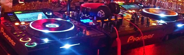 DJ huren, DJ boeken, Bruiloft DJ, Lounge DJ