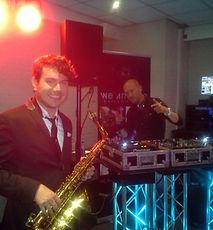 Lounge DJ & Saxofonist Huren