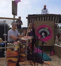 Lounge DJ en Percussionist Huren