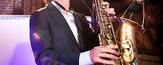 Saxofonist huren, boeken