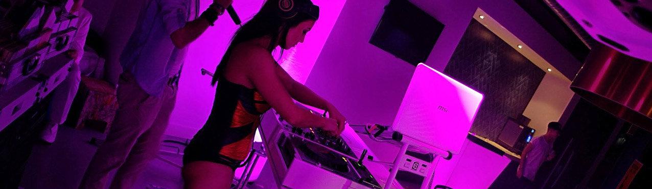 DJ Miss Roos boeken, DJ Miss Roos huren