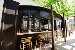 Whistling Duck Tavern exterior