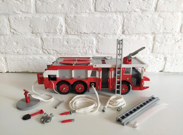 Модель - «Пожарный автомобиль ЗИЛ-Sides,