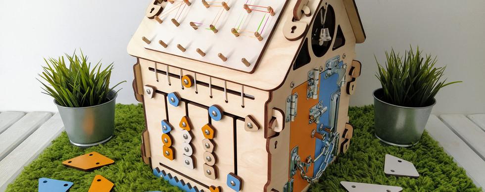 Бизидомик разборный из 6 бизибордов 3030
