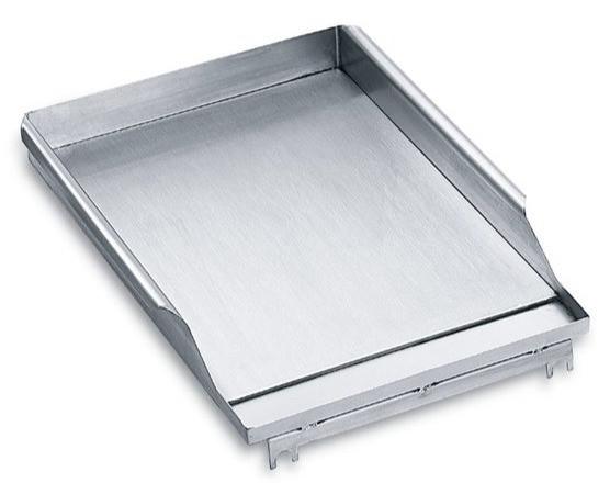 Klassische Edelstahl Grillplatte in der Gastro