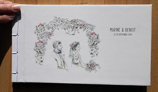 habillage du marié carnet dessiné de MARINE ET BENOIT livre fait main