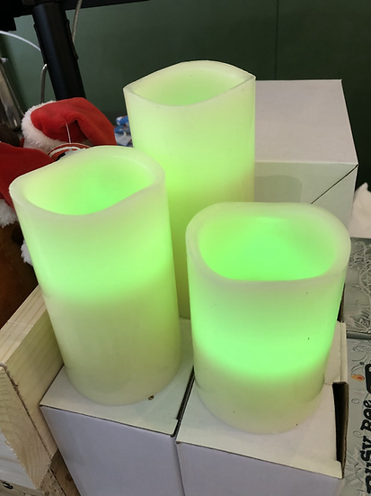 Colour changing remote controlled candles