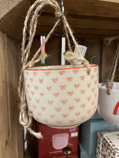 Love heart hanging planter
