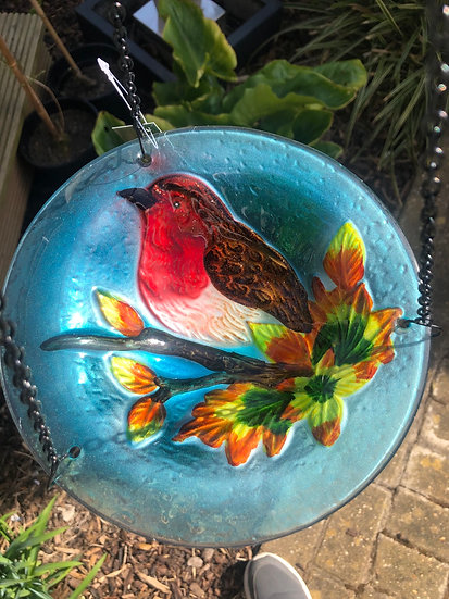 Hanging robin glass bird bath