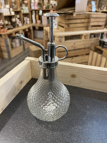 Hobnail glass mister clear