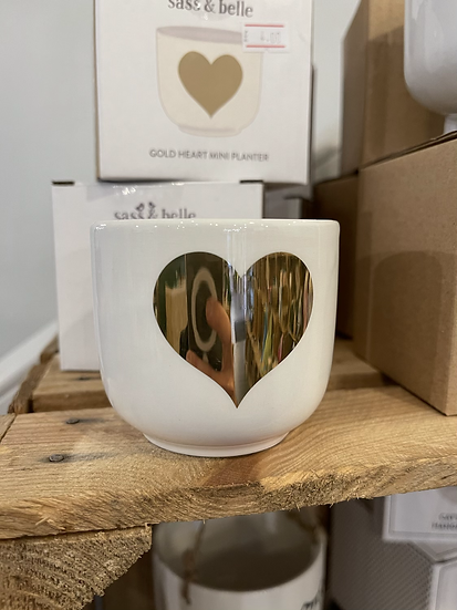 Gold heart mini planter