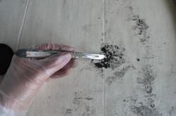 Nettoyage du revers d'un tableau