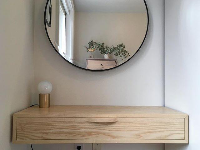 ash vanity
